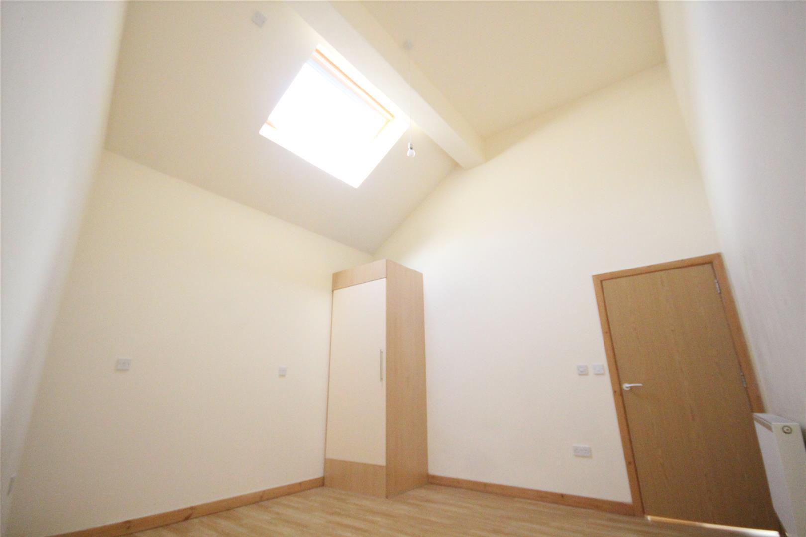 2 bedroom bungalow For Sale in Colne - IMG_3331.jpg